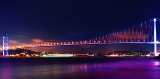 Istanbul krijgt brug erbij