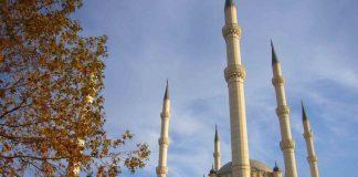 Met een jonge God uit Adana