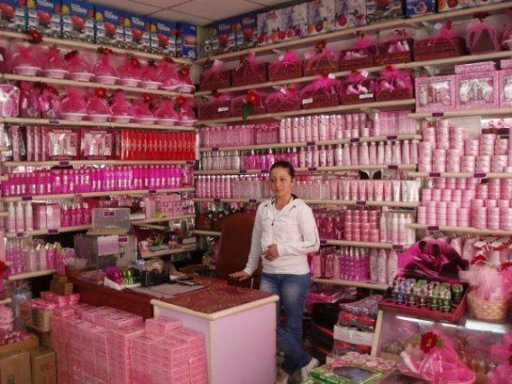 Isparta, Winkel met rozenproducten