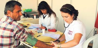 Beroep verpleegkundige moet aantrekkelijk worden gemaakt