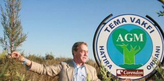 Hank Curfs geeft uitleg over de bosaanplant buiten Antalya. Foto: Slawomira Kozieniec