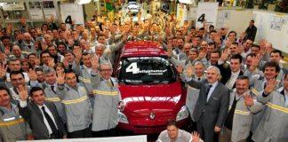 Renault Turkije bouwt 4 miljoenste auto in Bursa