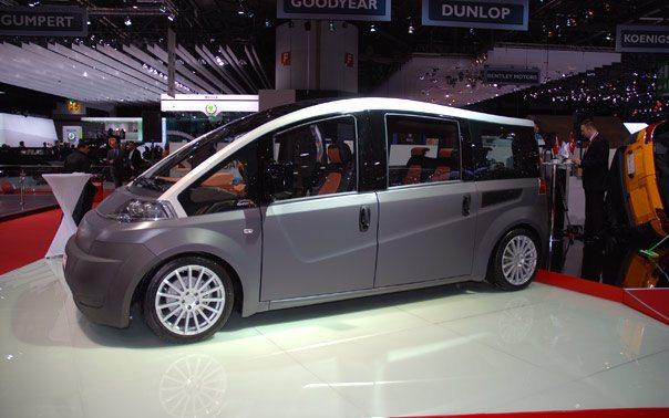 Turkse Karsan V1 op Autoshow Geneve Zwitserland