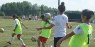 Meiden Voetballen Turkije Kocaelia Kamp