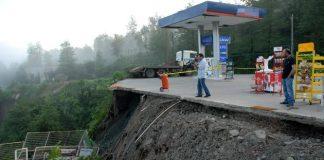 Tankstation lekt gas door aardverschuiving in Rize
