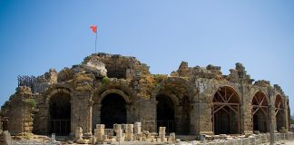 Antalya verwacht volgend jaar 300.000 Poolse toeristen