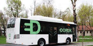 Eerste Turkse hybride bus gaat de weg op